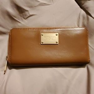 Michael Kors Jet Set Brown leather wallet